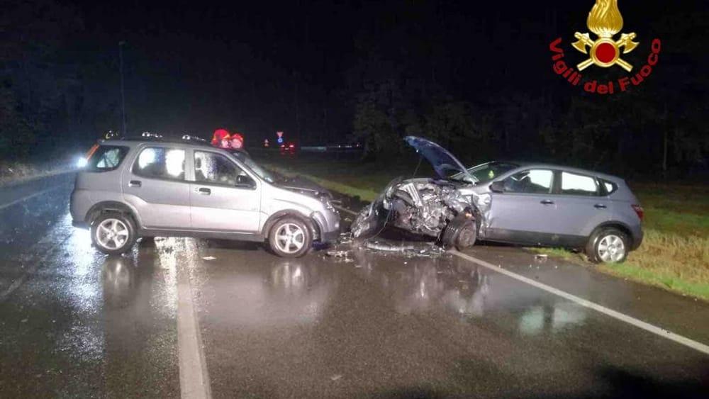 Incidente a Gozzano: schianto tra due auto sulla statale - Novara Today